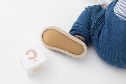 Kindergarten toddler boy slippers rolly nonslip sole