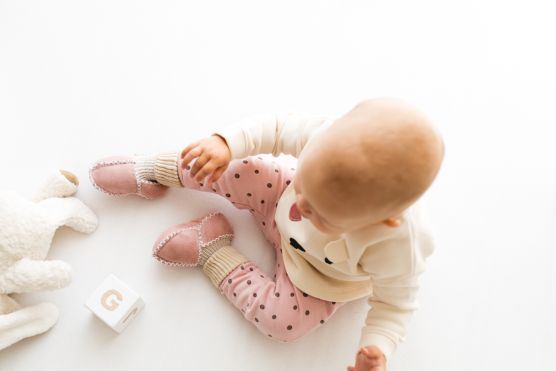 Rolly baby winter pink slippers 1