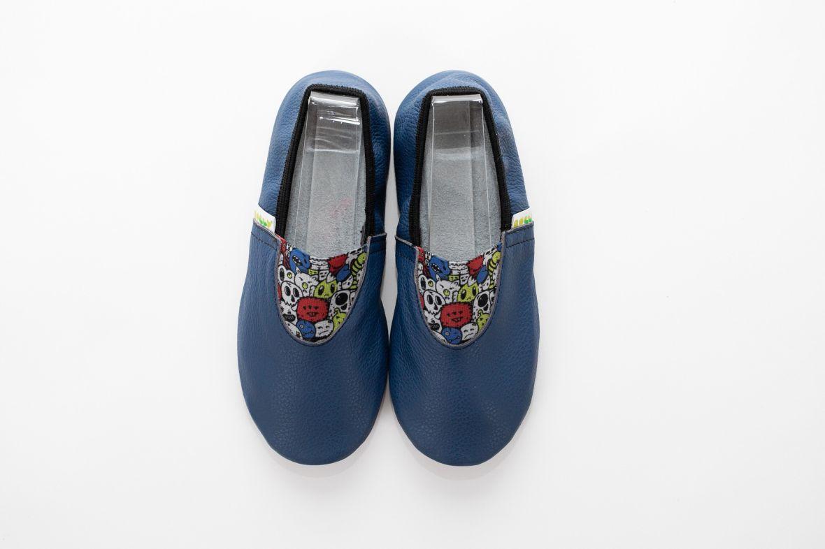School slippers vibe boys